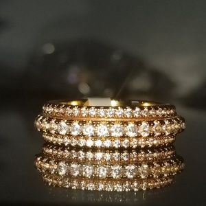 Jewelry - 18kt Gold Diamond Rotating Ring